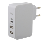 Адаптер питания Hoco C32A Xpress charger Apple&Android (2USB: 5V max 2.4A & Type-C 5V max 3.0A ) Белый